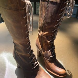 Brand new, never worn Frye Villager Lace Boots